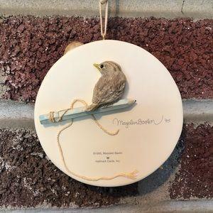 Hallmark Holiday - Hallmark Raising a Family; birds:Marjolein Bastin